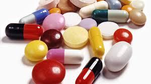 Antibioticele vândute ilegal, fără reţetă, de farmaciile veterinare, pot provoca probleme grave