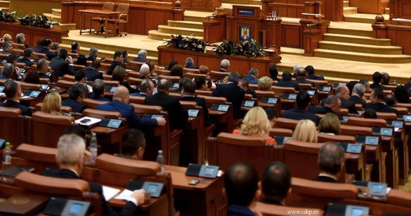 Preşedintele Iohannis a trimis la reexaminare legea privind organizarea activităţii sanitar-veterinare