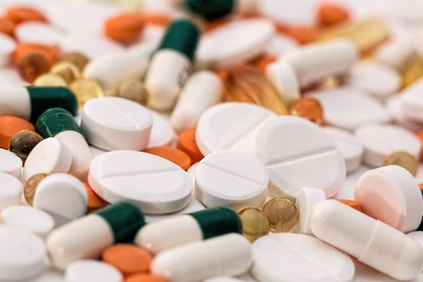 Ministrul Oros: Medicamentele nu trebuie să fie considerate mărfuri; ele nu se comercializează, se prescriu